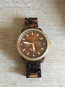 Women's Michael Kors Watcj