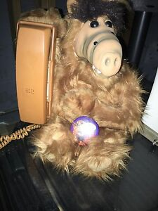 Vintage Alf Working Telephone