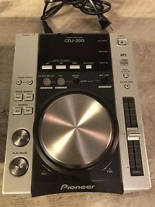 CDJ 200 (Pair) and Vestax Pcv 175 3 Channel Mixer