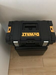 DeWalt Cordless DCD771, DCB107 and DCF885 Drill/Driver/Charger