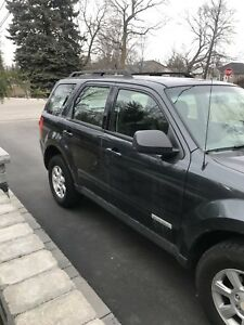 2008 Mazda Tribute - Manual trans. Looking for trade