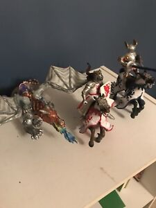 schleich Knights, horses and dragon figurines