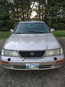 1997 Toyota Avalon - AS IS - NO TRANSMISSION - Make an Offer!