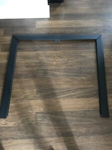 Beveled trim kit for gas fireplace
