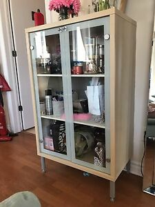 Commode / Étagère / Vaisellier / Shelving Unit