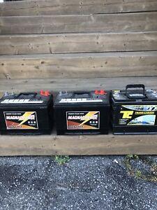 Batteries 12 volts  à décharge profonde