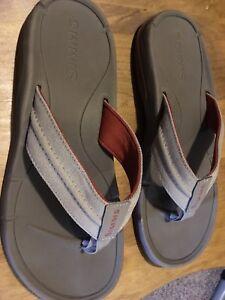 Simms Men sandals - Size 9