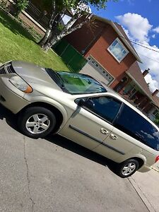 Very low KM!! 2006 Dodge Grand Caravan sxt Stow and go