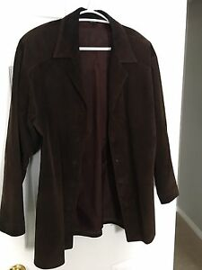 GENUINE DANIER SUEDE JACKET! SIZE MEDIUM