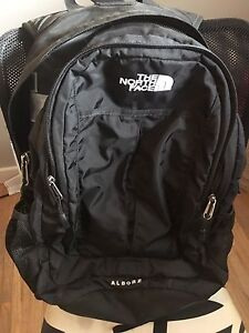 """NorthFace Backpack - sleeve for 15"""" laptop"""