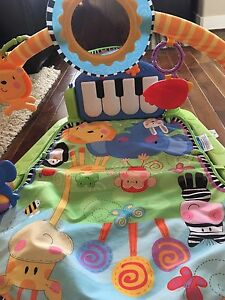Fisher Price Piano Kick and Play Gym