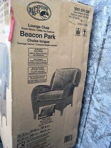 Hampton bay lounge chair