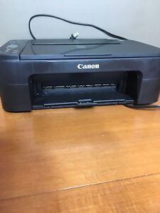 Canon printer barely used works great