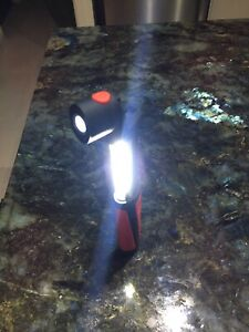 Led cordless extendable light/torch Highland Park Gold Coast City Preview