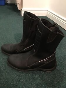 Ladies Size 8.5 Motorcycle Boots