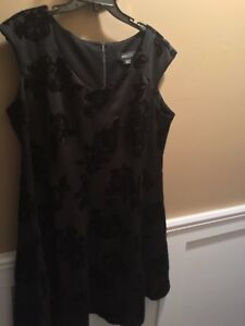Size 18 black velvet swing dress NWT