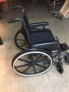 Wheelchair/chaise roulante Pride Stylus LS