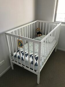 White cot with spring mattress Wynnum West Brisbane South East Preview