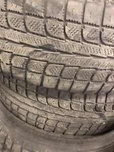 Used 215/70r16 Maxtrek winter tires $100