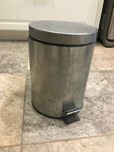 Little Garbage Can