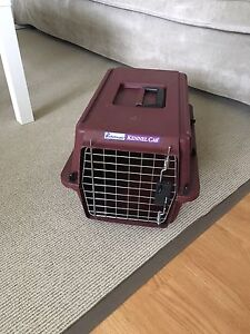 """Petmate kennel approx 9x10.5x17"""""""