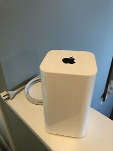 Apple AirPort Extreme basestation