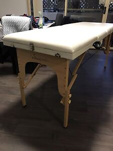 Auspedic Massage Table - as new condition. Silverwater Auburn Area Preview