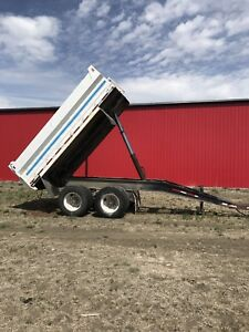1984 Midland Gravel Trailer