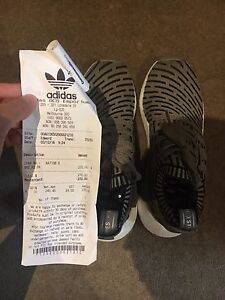 Adidas nmd R2 size9 Southbank Melbourne City Preview
