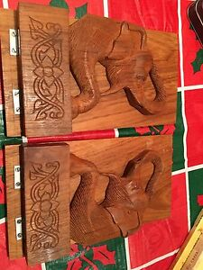 WOODEN PAIR ELEPHANT BOOK ENDS