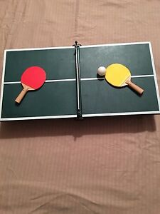 Table Top / Travel / Cottage vintage ping pong game