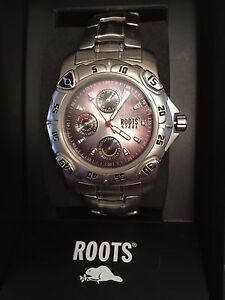 New Roots watch
