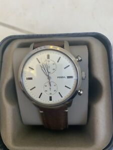 Fossil watch - like new - brown leather strap