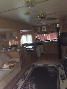 1996 40ft American travelaire trailer
