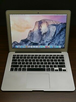 """Apple 2013 MacBook Air 13"""" / 1.70Ghz i7 / 8GB / 250GB SSD + Warranty"""