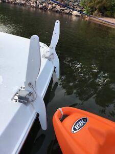 Brand New top mount davits yacht cruiser boat