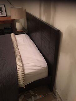 Queen timber bedframe