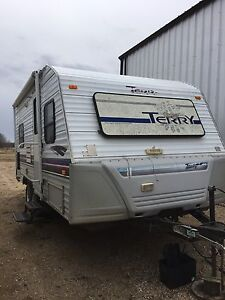 1997 Terry 19LN Trailer