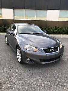 2012 Lexus IS 250  AWD/LEATHER/ELECTRIC SUNROOF