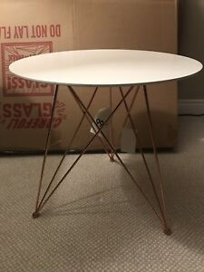 White and rosegold side table