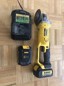 DeWalt DCG412 + two battery + charger