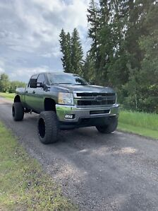 2011 Chevy Duramax low km