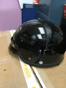 Casque small neuf