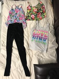 35pc lot of young womens fashionable clothing size small