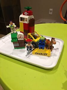 LEGO: Toy Story 3 Pizza Planet Truck and Buzz Lightyear Toy Set