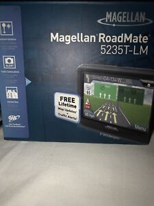 GPS system by Magellan RoadMate 5235T-LM