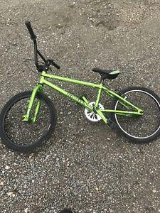 Free Agent Maverick BMX bike