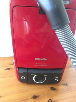 Miele S291 electronic air clean PLUS vacuum cleaner + handivac