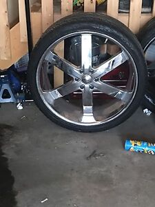 """26"""" rims from Chevy Tahoe low rider"""