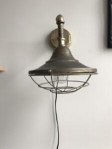 Lampe murale/Wall fixture